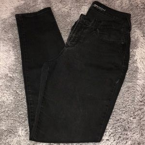 Old Navy mid rise curvy profile fit